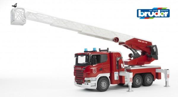 Bruder 03590 Scania R-Serie Feuerwehrleiterwagen mit Wasserpumpe und Light and Sound Module (trucks)