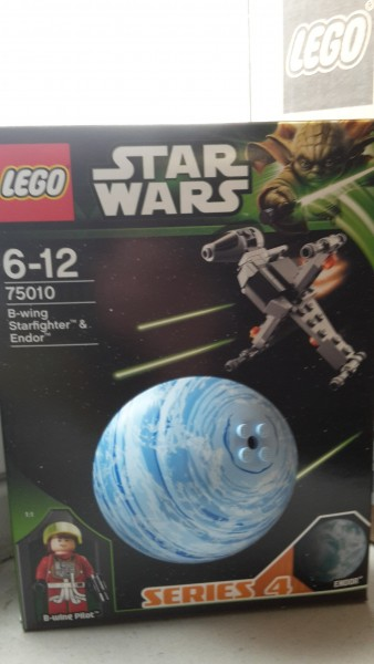 Lego 75010 Star Wars Sw-B-Wing Starfighter & Plane